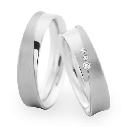 White Gold matching wedding rings with brilliant cut diamonds for her by Christian Bauer