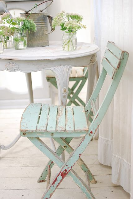 so pretty - I need to paint my white chairs this pretty light green color to put on casper front porch