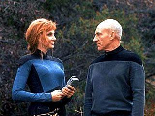 Captain Picard & Dr. Crushers - Star Trek: TNG