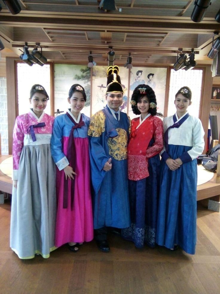 Wear Hanbok in incheon int'l airport