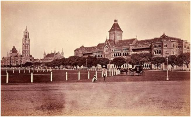 Oval Maidan 22acres overlooked by many Bombay landmarks like the High Court and Univertisy