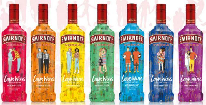"""Onder het motto """"Let's get tipsy and celebrate love"""" heeft wodkamerk Smirnoff met modemerk BOB by dop een lijn van flessen ontworpen in het kader van de Londen Gay Pride die dit weekend plaatsvond.     De …"""