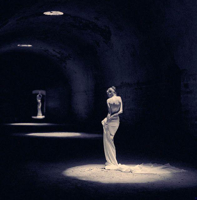 ΤΟΙΧΟΥ ΤΟΥ ΕΤΕΡΟΥ: Το άγαλμα και ο τεχνίτης... Γιώργης Παυλόπουλος