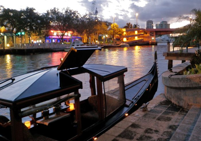 Gondola Tours of Ft. Lauderdale, Florida | Las Olas Gondola Rides