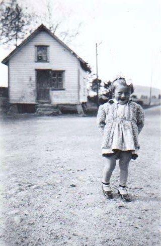 Liv,I self, ca, 3 year. old.