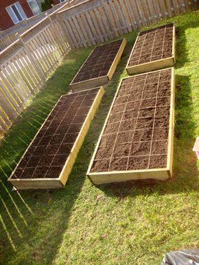 Amazing Vegetable Garden by the foot! Apparently the best way to grow raised gardens. HautePNK DIY Vegetable Garden