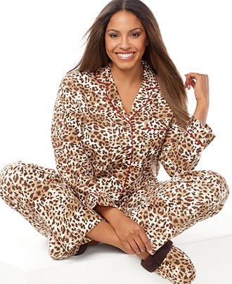 17 Best images about Bed Time on Pinterest | Plus size intimates ...
