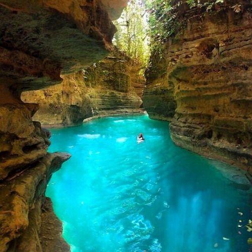 Cañón del río kanlaob, Cebu, Filipinas