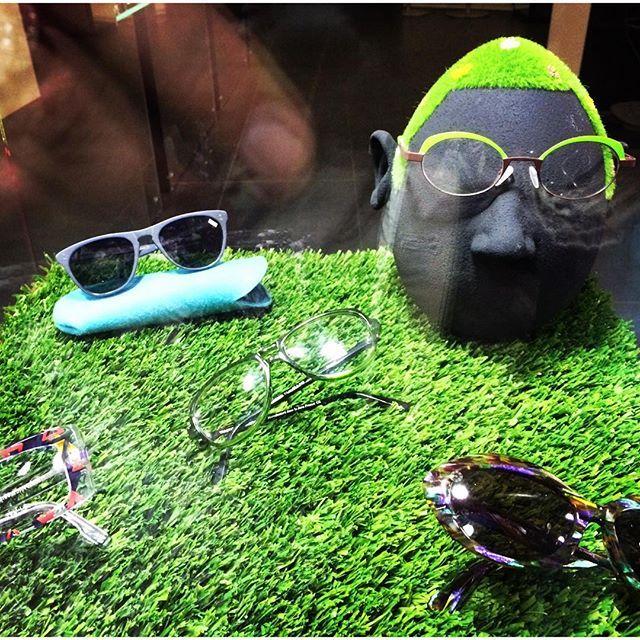 Nice face with Beautiful&Print glasses seen Saint Germain @Paris #paris #parisjetaime #glasses #summer #saintgermain #maisonetobjet #trixigronau #myhomecouture #sunglasses #style #trend #beautiful #picoftheday #face #look #instagood #like4like #followme #unique #green #instagramers