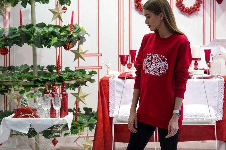 удлиненный красный свитшот с принтом с символом года, НГ 2017, подарок, дизайнерский свитшот, праздник, streetstyle