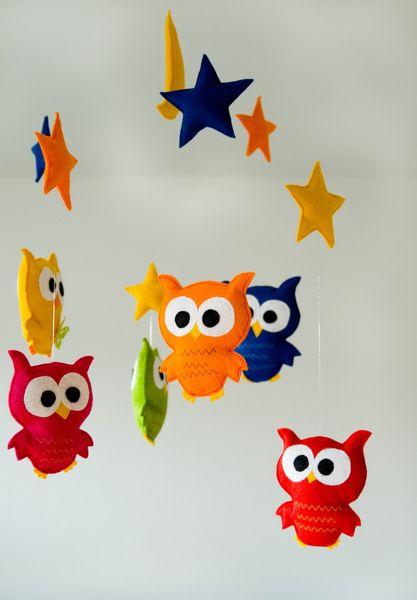 Mobile Eulen Baby Kinderzimmer Filz - Stoffdekor - Mobile - Babyspielzeug - DaWanda