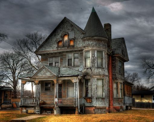 Real Haunted Houses for Sale in the U.S.-Would You Buy One? Description from pinterest.com. I searched for this on bing.com/images