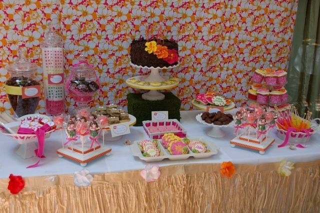 "Photo 7 of 20: Hawaiian Luau / Birthday ""Kendall's Hawaiian Luau Party"" | Catch My Party"