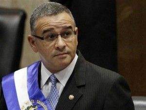 Nicaragua concede asilo político a ex presidente Funes