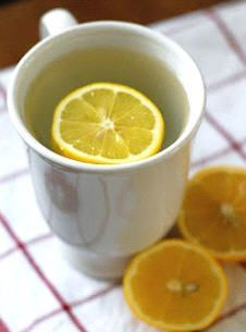 10 reasons why you should drink hot lemon water in the morning. I've been doing this!
