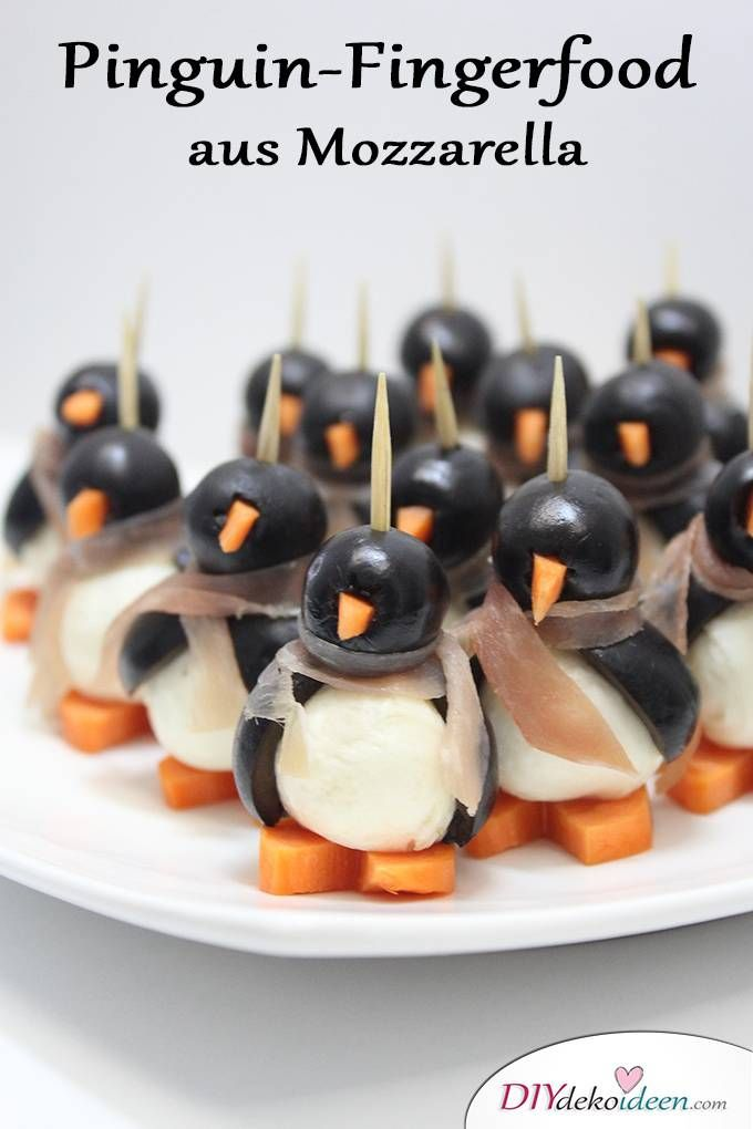 Pinguin-Fingerfood aus Mozzarella - Rezeptideen Fingerfood Party einfache Rezepte Rezept und Video - Weihnachten Fingerfood - Silvester Party - Silvesterparty - Weihnachtsparty - Silvester Fingerfood - Silvester Rezepte
