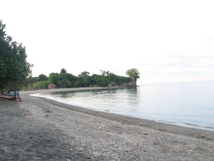 Pantai Batu Gong Keindahan Pantai di Sumbawa Besar - Nusa Tenggara Barat