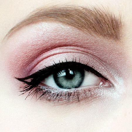 Graphic eyeliner.