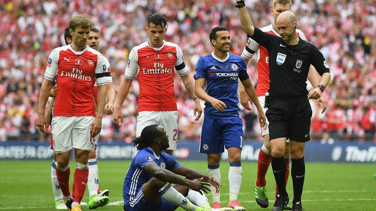 Conte blames fatigue for Victor Moses red card