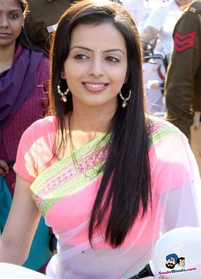 Shrenu Parikh in Pink Saree