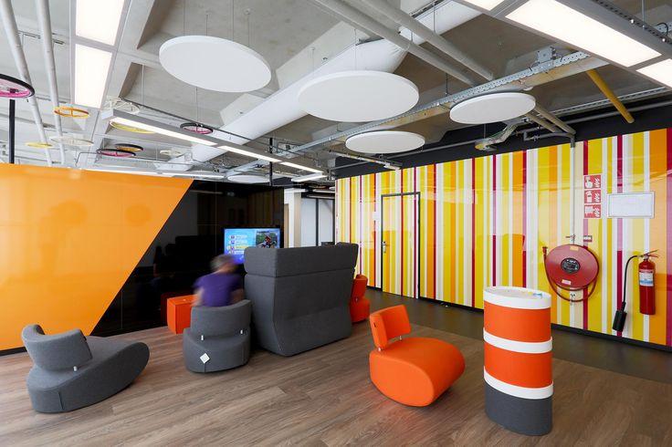 IBP-Interieurbouwer-renovatie-kantoor-kleurrijk-maatwerk-interieur-04.jpg (2000×1333)