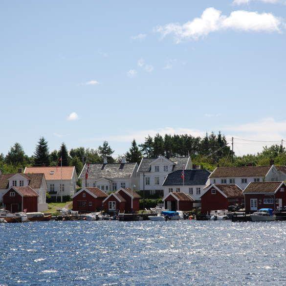 Charter- og fergebåter MF Trau & MS Pellærn
