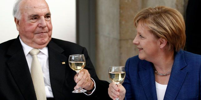 Helmut Kohl fait condamner en justice son ancien nègre Heribert Schwan avait publié sans l'accord de l'ancien chancelier allemand des citations tirées de conversations vieilles de quinze ans.        ... http://www.lemonde.fr/economie/article/2017/04/29/helmut-kohl-fait-condamner-en-justice-son-ancien-negre_5119882_3234.html?xtor=RSS-3208