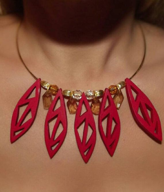 Statement wooden necklace