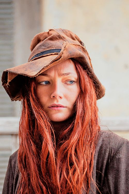 Clara Paget as Anne Bonny in Black Sails: XI. (2.03).