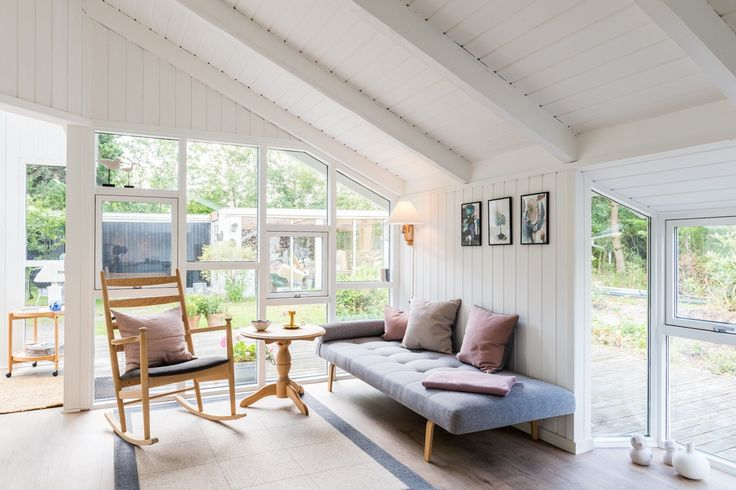 Schönes helles Ferienhaus in Houstrup mit schönen Terrassen