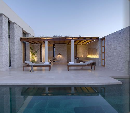 Searching for the hidden gem of travel resorts? Discover Amanzoe in Porto Heli, Greece.