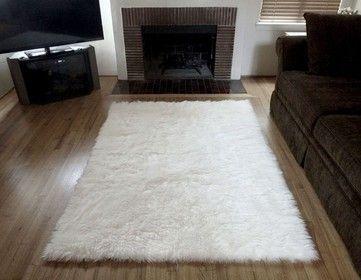 The 25+ best White faux fur rug ideas on Pinterest | White fur rug ...