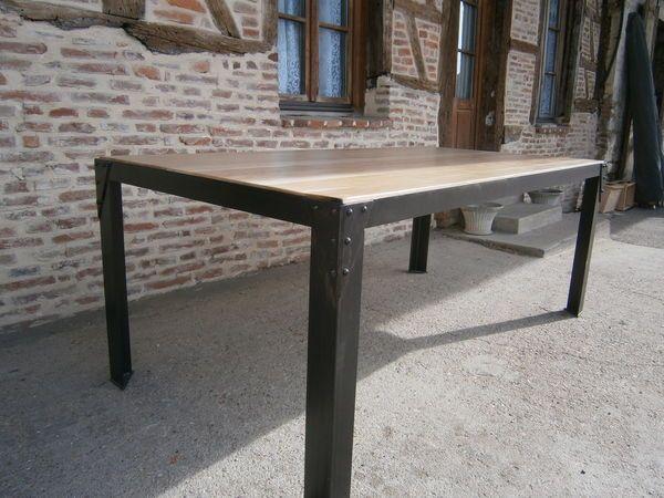 les 25 meilleures id es de la cat gorie table bois et fer sur pinterest z tv meuble fer et. Black Bedroom Furniture Sets. Home Design Ideas