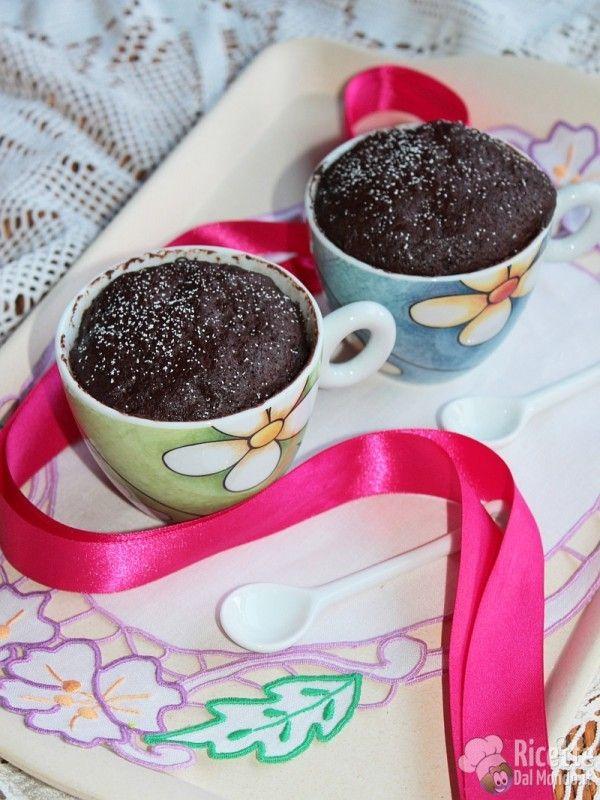 Ricetta per fare la Mug Cake (torta al cioccolato in tazza)