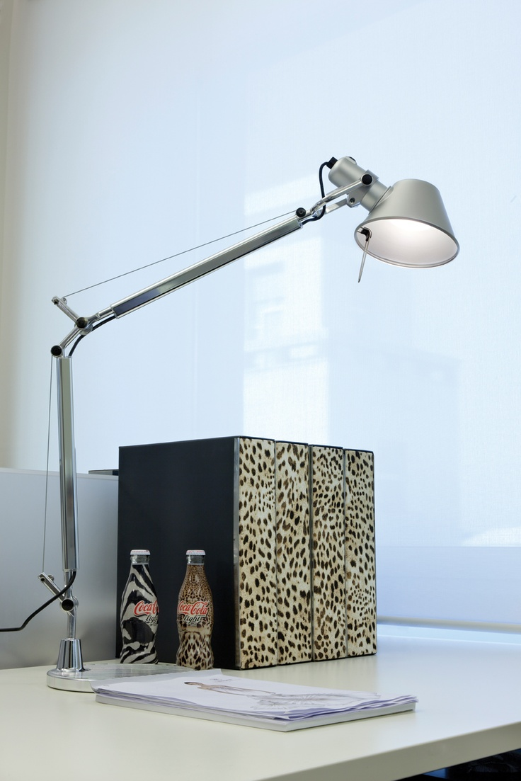 Tolomeo table  Cavalli Headquarters and Showroom, Milano (Italy) 2010  Photo: Beppe Raso