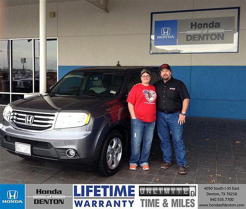 Congratulations to Miranda Fairchild on your #Honda #Pilot purchase from Ronnie Williams at Honda of Denton! #NewCar