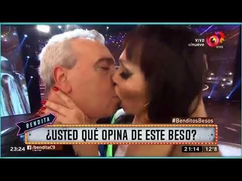 El beso de Coco Sily y Moria en ShowMatch