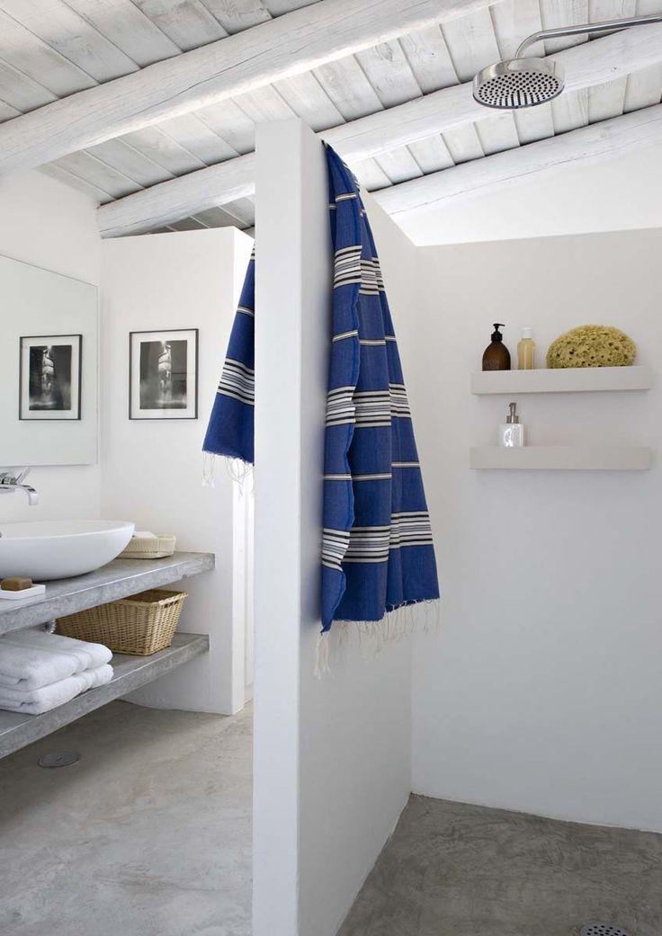 Casa de banho simples mas funcional
