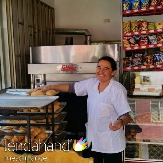 Mrs. Heidy Torres is proud! She owns a bakery located in the area of Soacha, near Colombia's capital city. She started the business 6 years ago and named it Panaderia Torres translated as: Bakery of Torres.Together with local partner ECLOF Colombia Lendahand supports Heidi with a loan.