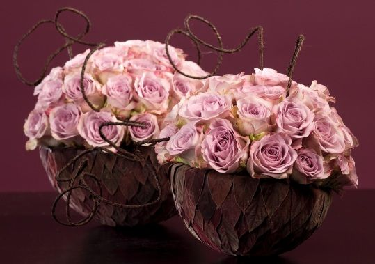 Two globes with Memory Lane By master florist Robert Koene