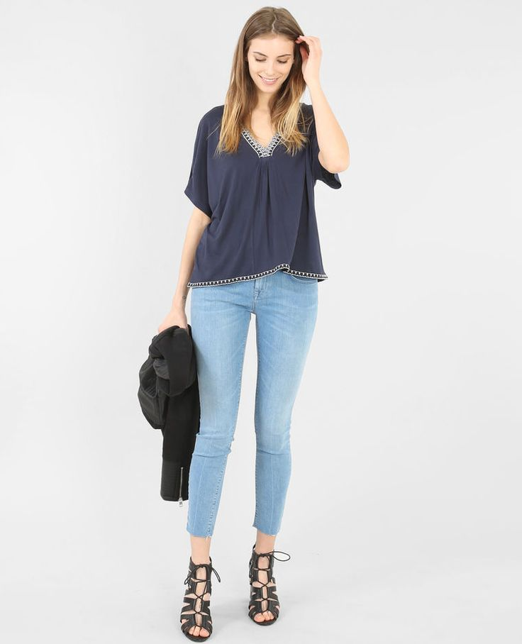 T-shirt collo a V in tessuto blu marino