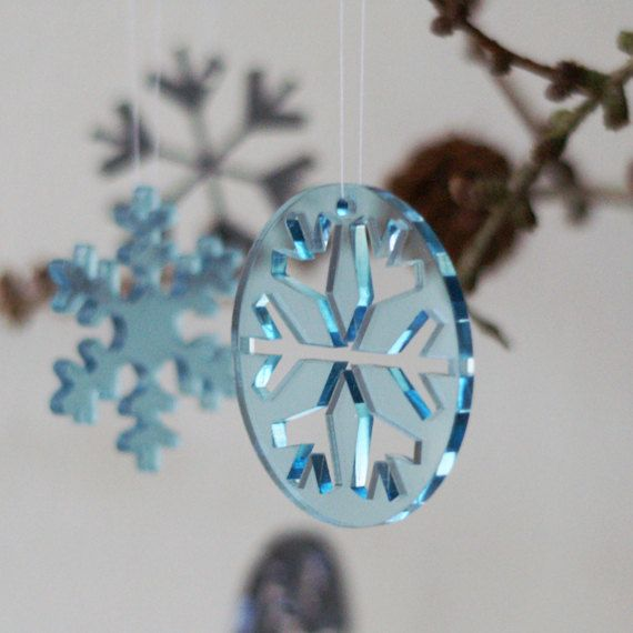 Let it snow! Snowflakes & snowballs in ice blue transparent plexiglas by Spagat, $13.00