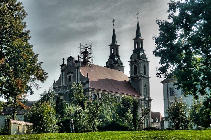 Brzeg - kościół Podwyższenia Krzyża Świętego