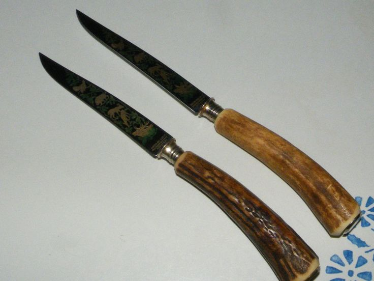 2 Vintage Anton Wingen Jr. Solingen-Germany Rostfrei Horn Etched Steak Knives