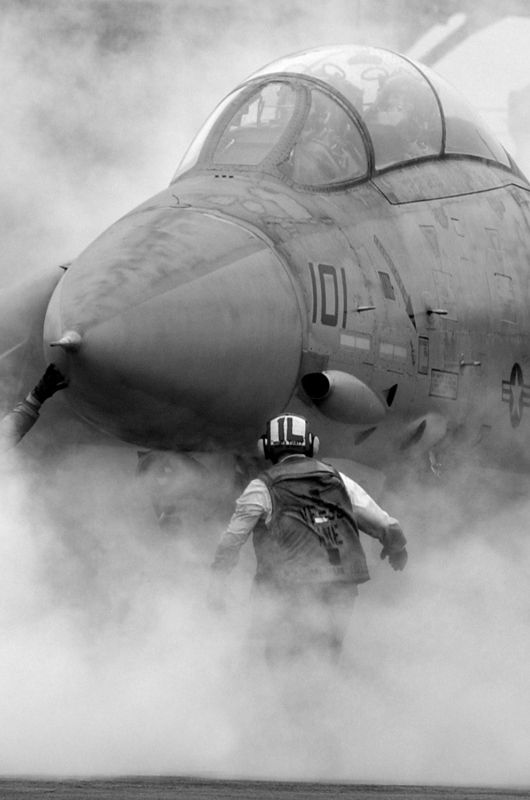 F 14 Tomcat preparing for take off. Excellent picture.