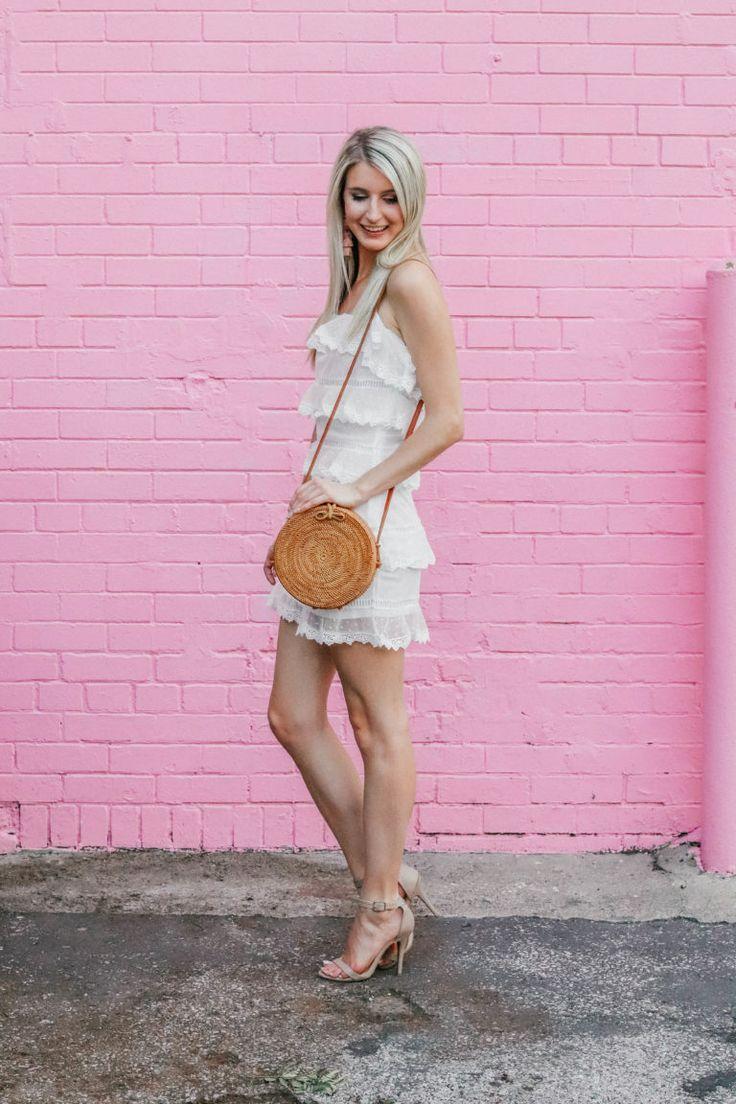 82 best | LITTLE WHITE DRESSES | images on Pinterest | Trajes de ...