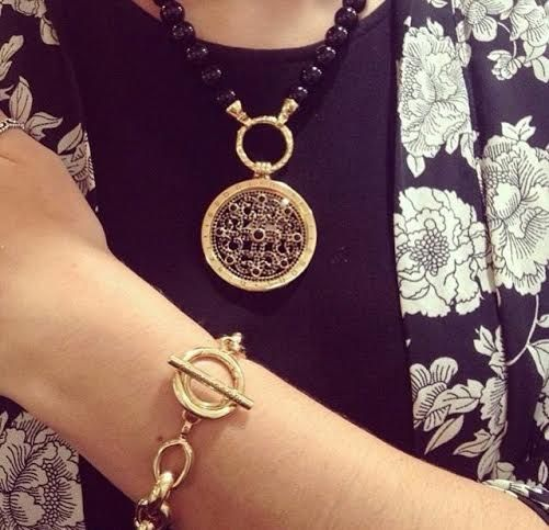 Love this gold Nikki Lissoni combination sent in by FitzGibbon Jewellers! -xx-