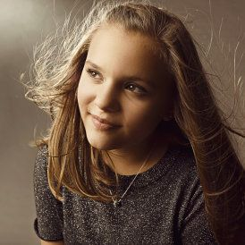 Daphne Conrad (as played by Maisy Stella) | Nashville TV Series Cast Members | CMT