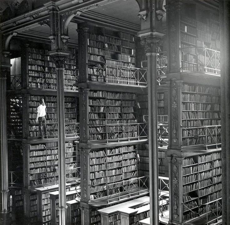 Η Παλαιά Δημοτική Βιβλιοθήκη του Cincinnati, Οχάιο, USA