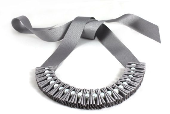 2.5cm grey grosgrain ribbon pleated with white glass pearls